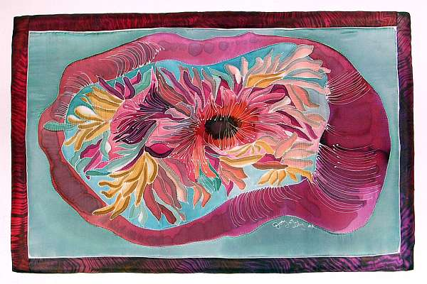 Silk quilt by Joy-Lily: an oval maroon sea anemone. Click to enlarge.